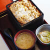 "Jinjiyamaesarashina - 料理写真:""炸豬排蓋飯(かつぢゆう)""、一式(ひとそろひ)"
