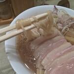 142889054 - 鴨コンフィ麺
