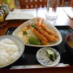 14289587 - 海老フライ定食
