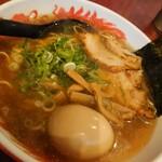 元祖糸島ラーメン 銅鑼 - 料理写真:中華そば(煮たまごトッピング)