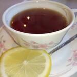 菊水 - セットの紅茶