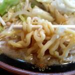味の八珍亭 - 麺