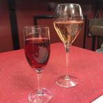 ル・クロ・モンマルトル - キールとシャンパン