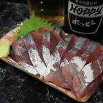 きよし - 2012.8 いなだ刺身(250円)この量この質で250円はありえません!