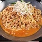 ホロトン - 冷やし坦々麺(ひき肉は脂が白いままボロボロの冷蔵庫保存そのまま)