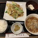 香蘭飯店 - ホイコーロ定食