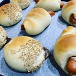 サンサンカフェ - 天然酵母の自家製パン