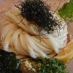 マルヨシ製麺所 - こだわりのざるうどん