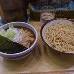 新橋 大勝軒 - 辛つけ麺(ねぎ増)