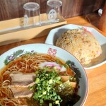 田島ラーメン - ラーメン+炒飯