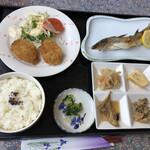 武蔵 - 料理写真:日替り定食 800円(税込)