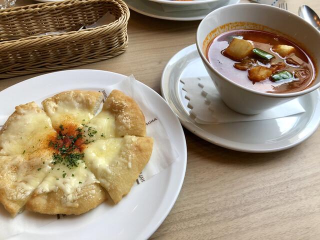 キッチン&バー ボロゾーの料理の写真