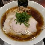 Ramenkagetsuarashi - 飯田商店しょうゆチャーシュー麺