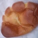 14299227 - 窯焼きクリームパン 163円
