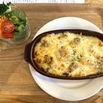 カフェ フィーカ - 料理写真:日替わりランチ(シーフードドリア)