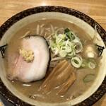 らぁめん秀 金澤 - 料理写真:煽り味噌ラーメン