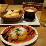ラ・パウザ - ラパ飲みセット(メンチカツイタリアン、チーズフォンデュ、生ビール)