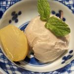 ぬる燗佐藤 大坂 - 〆に (*´-`) アイスクリーム 栗