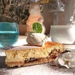 ボワ ジョリ - りんごのチーズケーキ