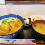 富士アイス - 料理写真:カツ丼