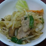三幸苑 - 肉野菜炒め