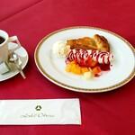 オークラカフェ&レストラン メディコ - ケーキセット:1,200円