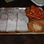 串鉢 - 蒸豚