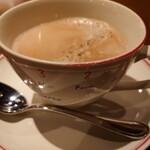 ビストロ シャンパーニュ - 食後のコーヒー