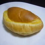 スタジオ ブレ - クリームパン