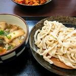 上州濃厚激辛うどん 麺蔵 - 料理写真:
