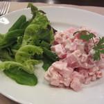 サウザンシーズン - ピンクのポテトサラダ ロシア風