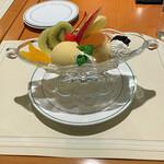 143051465 - 『プリン ア ラ モード』 1,485円(税込)