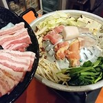 Nariya - ムーカタ鍋