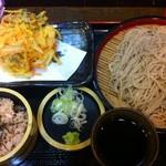 天ぷらそば ふくろう - バリューセット、550円。