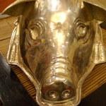 14306929 - エントランスに飾ってある銀の豚