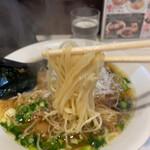 麺屋 侍 - ストレート細麺