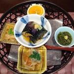 souiwashokunomura - かご盛 茄子揚げ浸し、鰆ちり酢和え、秋刀魚南蛮漬け、東寺蒸し鼈甲飴山葵、和布蕪
