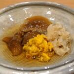 天ぷら 蕎楽亭 - おひたし  菊花、ナメコ、花びら茸