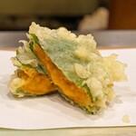 天ぷら 蕎楽亭 - 生雲丹の大葉巻