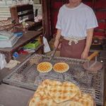 手焼堂 - 料理写真:手焼きせんべい(ハート)(1枚250円)