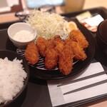 とんかつ松乃家 - カキフライ定食