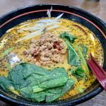 台湾料理 八福 - 料理写真:担々麺759円