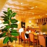 カフェ&レストラン マーブル - 内観