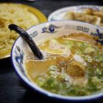 れんげ - 料理写真:れんげつけ麺+餃子~☆