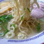 ふじとり - 塩ラーメンの麺