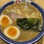銀座 いし井 - 味玉 中華そば(900円)