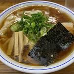 福々亭 - 料理写真:醤油ワンタンメン