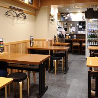 新橋駅より5分!家庭的な雰囲気でホッと一息つける空間