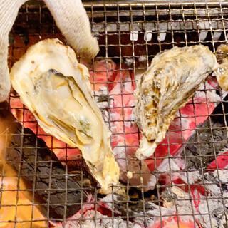 旬の牡蠣食べ放題実施中!