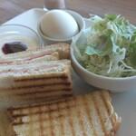 珈琲農園直営店 mol cafe - ホットサンドモーニング